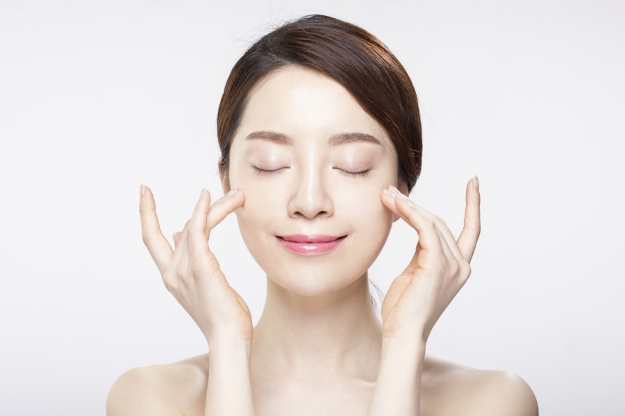 Trị mụn hiệu quả bằng kem trị mụn của thương hiệu natural spa.