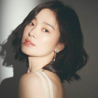 Sỡ hữu làn da trắng sứ mịn màng, Song Hye Kyo chia sẻ cô rất coi trọng việc điều chỉnh nhiệt độ nước