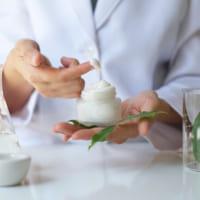 Điều gì tạo lên kem dưỡng ẩm đắt tiền?