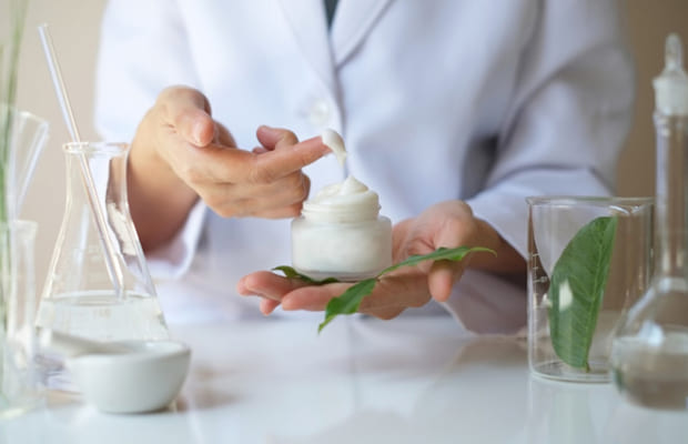 Các loại kem đắt tiền thường sử dụng những tiến bộ công nghệ độc đáo để tạo ra sản phẩm