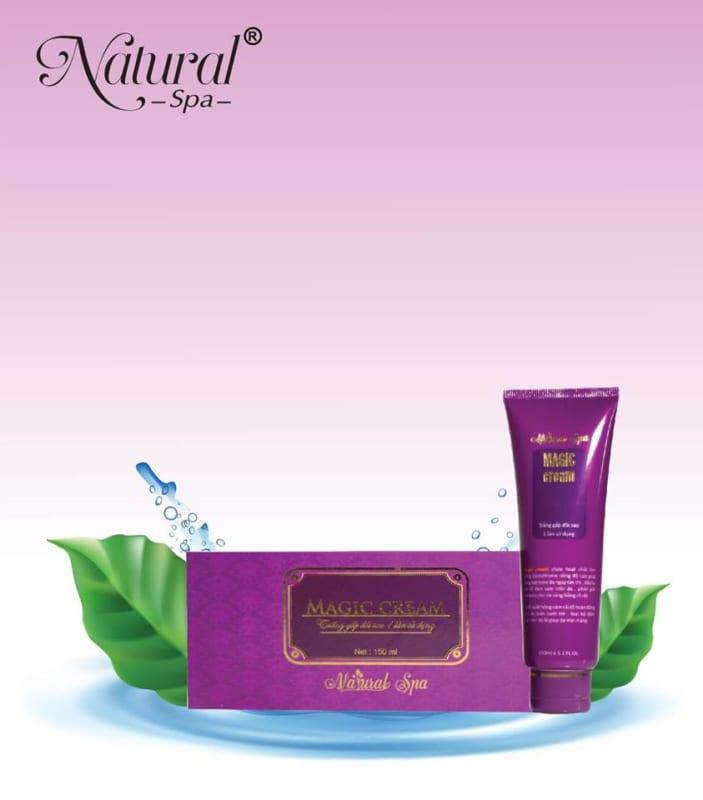 Kem tắm trắng hồng sâm Natural Spa