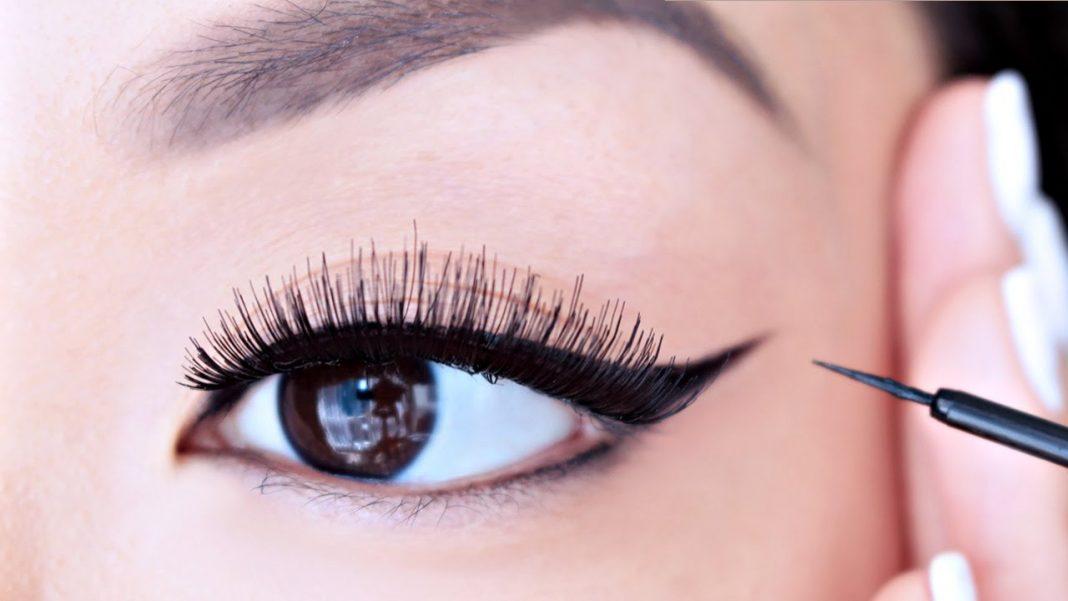 """Khi bạn sở hữu một đôi mắt tròn, điều quan trọng nhất là phải """"kéo dài"""" đuôi mắt"""