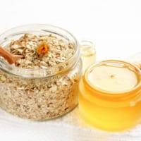 Bạn đã biết cách làm mặt nạ dầu dừa yến mạch dưỡng da chưa?