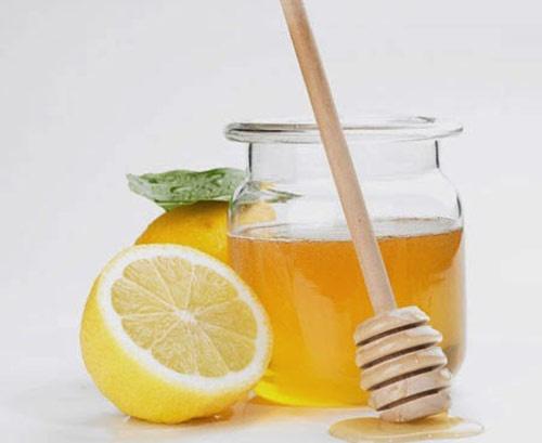 Kem dưỡng trắng da body từ mật ong và chanh