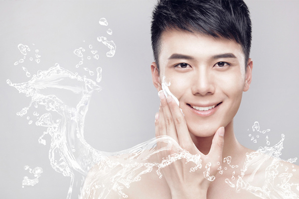 Cách dưỡng trắng da toàn thân cho nam từ thiên nhiên tác động từ bên ngoài