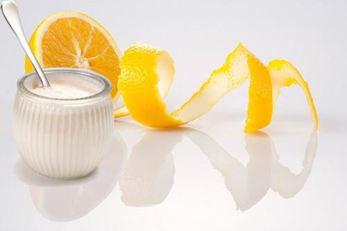 Yogurt và nước cam