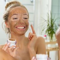 Quy trình tẩy da chết cho da mặt đúng cách nhất
